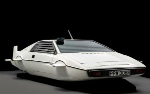 007 submarine car