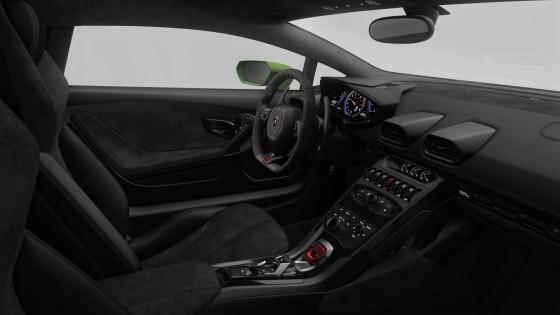 Lamborghini Huracan inside