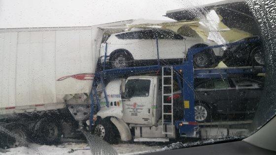 90 car pile up michigan