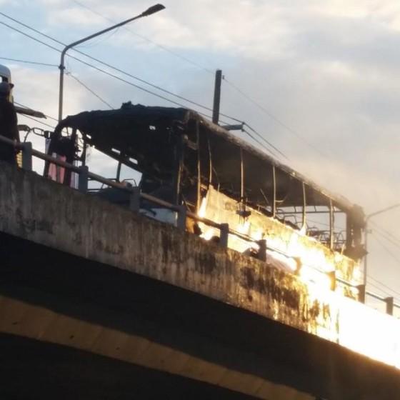 Burned bus in Makati