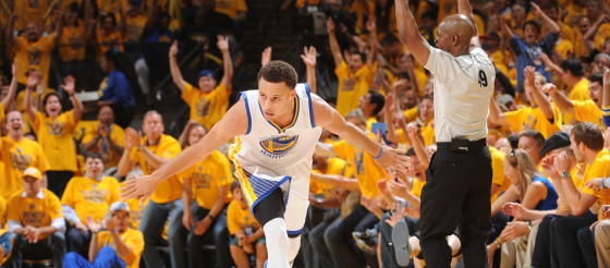 Stephen Curry wins 2015 NBA MVP